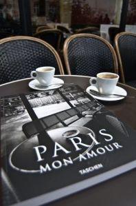 Ajouter deux lettres à Paris: c'est le Paradis -Jules Renard...